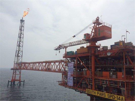 Flare stack of SP phase 14 platform lights