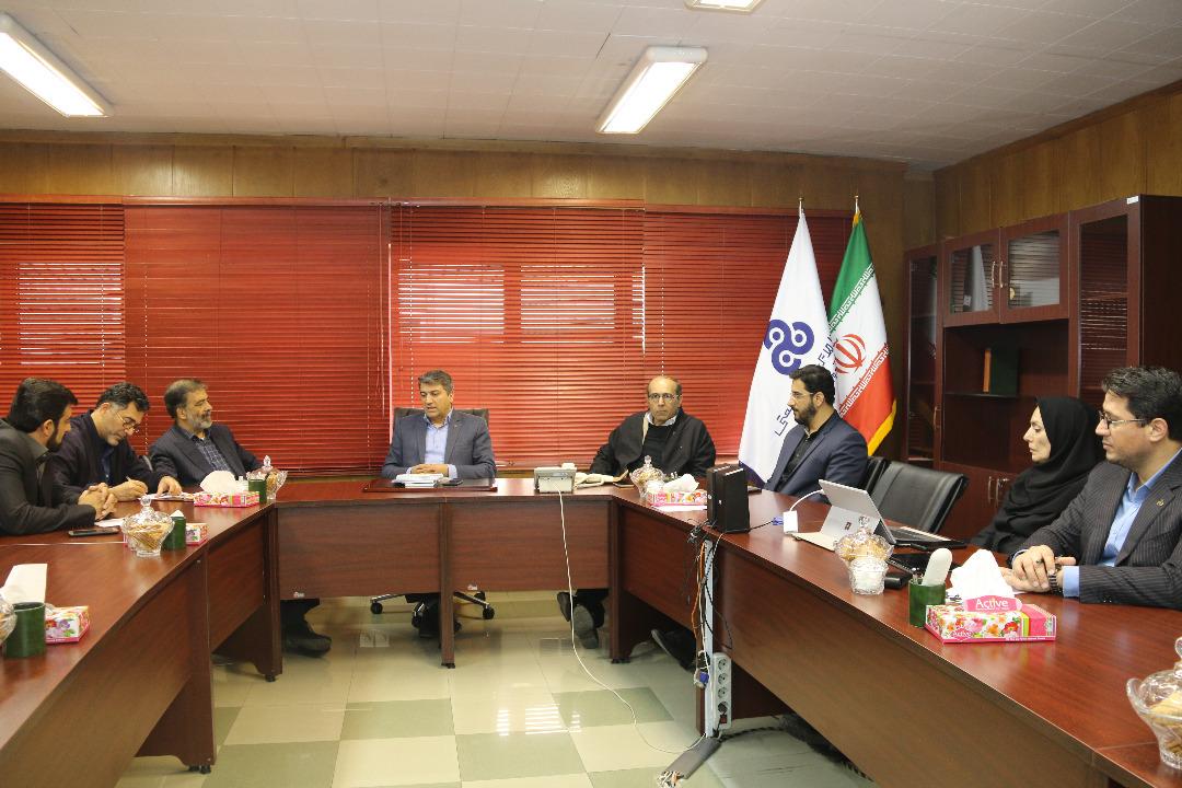 توافق همکاری های دوجانبه سازمان مدیریت صنعتی با شبکه ایران کالا/ حمایت از صاحبان کالاهای ایرانی به منظور الگوسازی در جامعه