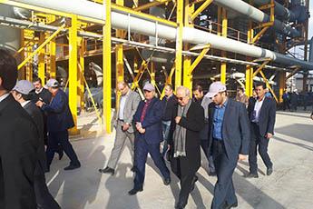 بازدید وزیر صنعت ، معدن وتجارت و هیئت همراه از واحد های صنعتی و معدنی استان فارس
