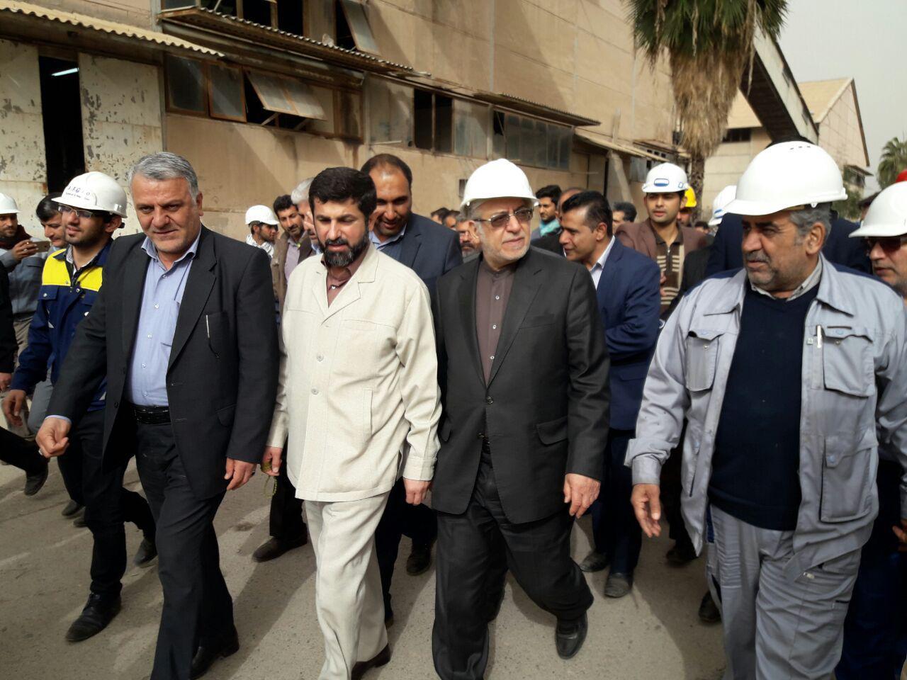 بازدید وزیر صنعت ،معدن و تجارت از روند اجرایی بازسازی و نوسازی کارخانه قند دزفول توسط ایدرو