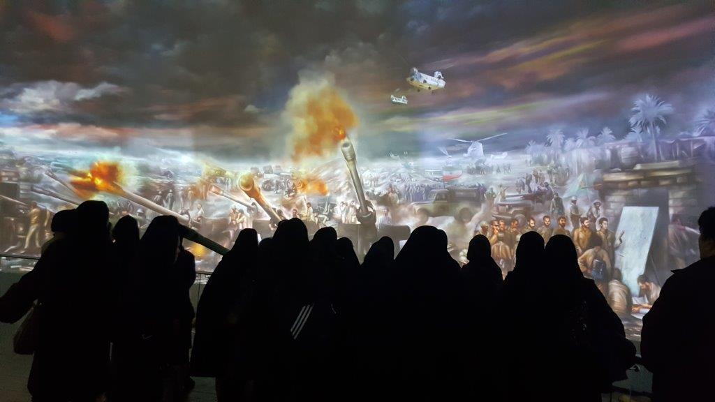 بازدید بانوان سازمان گسترش از باغ موزه دفاع مقدس