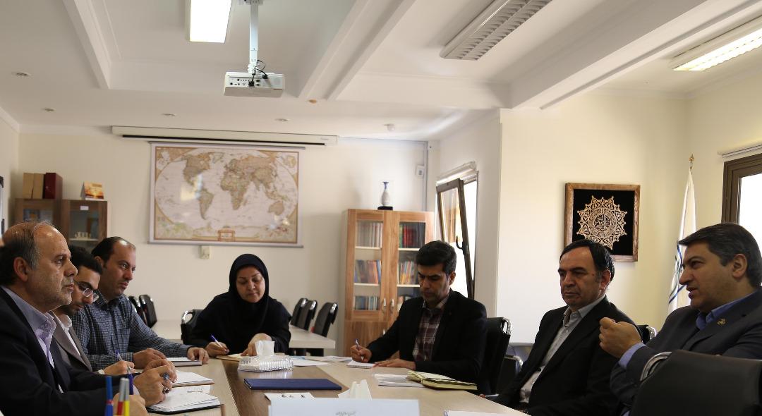 جلسه هم اندیشی مدیر عامل سازمان مدیریت صنعتی با رییس سازمان ملی بهره وری