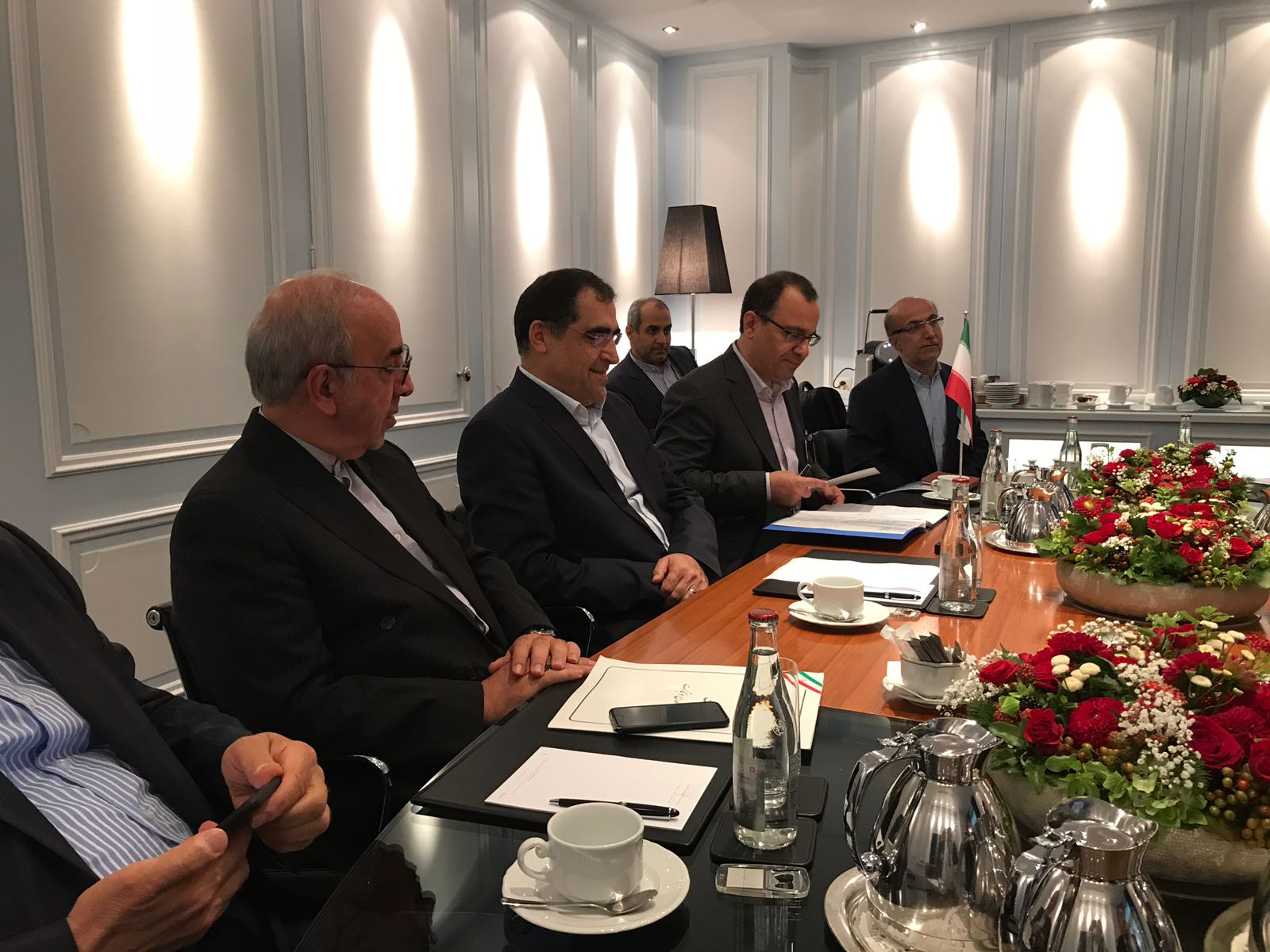مدیر عامل ایدرو با وزیر اقتصاد سوئیس دیدار کرد