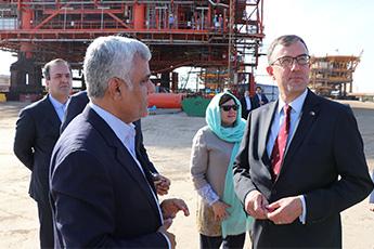 بازدید سفیر استرالیا از مجتمع کشتی سازی و صنایع فراساحل ایران ( ایزوایکو ) در بندرعباس