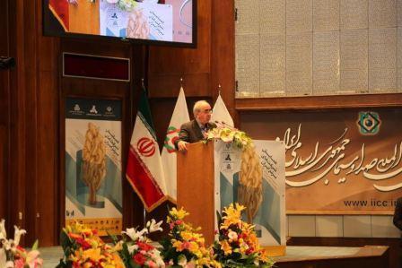بنگاه های ایرانی باید در بازارهای جهانی حضور یابند