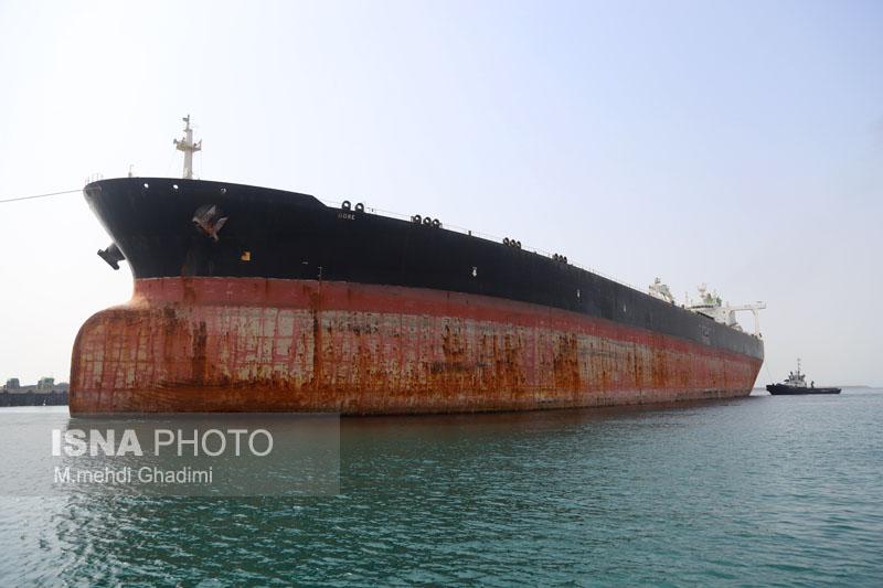 تعمیرات ۱۲ فروند نفتکش تا پایان سال جاری در مجتمع کشتی سازی بندرعباس