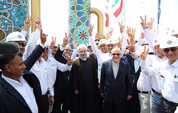 فیلم | بهره برداری از فازهای ١٧ و ١٨ میدان گازی پارس جنوبی با حضور رئیس جمهور در عسلویه آغاز شد