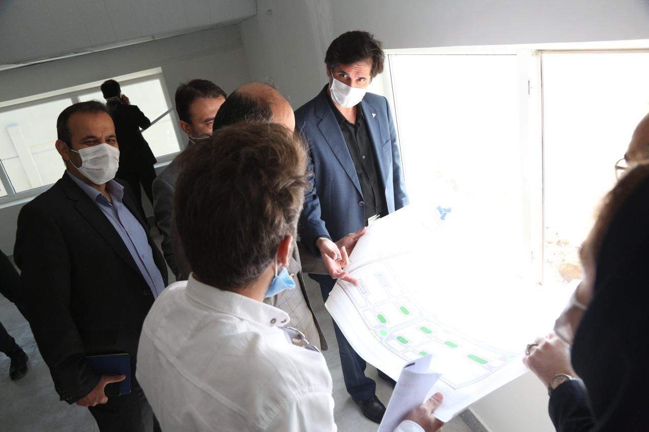 بازدید معاون وزیر صمت و رئیس هیات عامل ایدرو از شهرک تحقیقاتی کاوش
