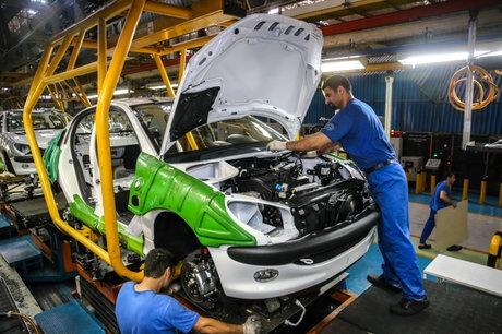 مراسم قرعه کشی طرح فروش فوق العاده شرکت ایران خودرو برگزار شد