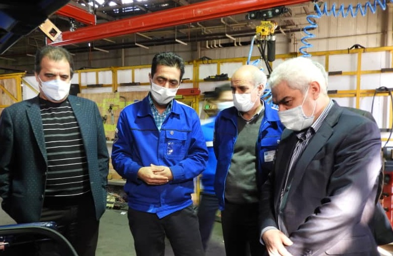 بازدید معاون وزیر صمت و رئیس هیات عامل ایدرو از شرکت ایران خودرو خراسان