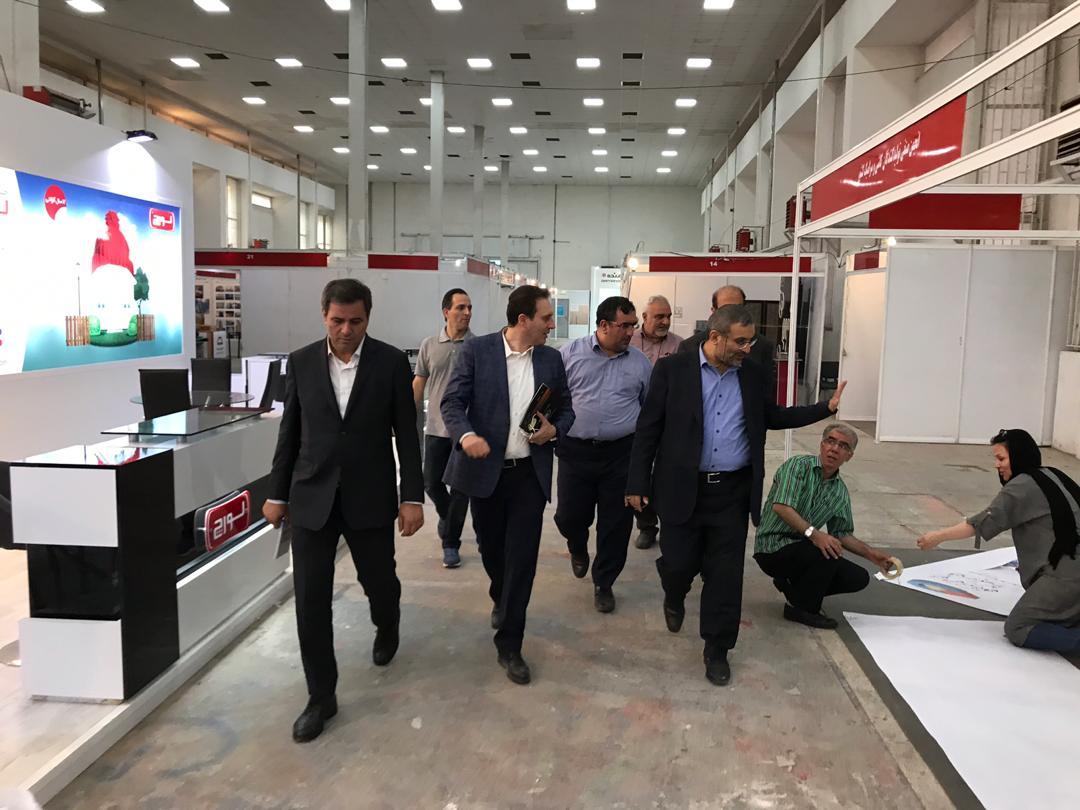 بازدید معاون وزیر صمت و رئیس هیئت عامل ایدرو از مراحل آماده سازی نخستین نمایشگاه فرصت های ساخت داخل و رونق تولید